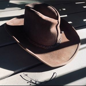 Desert Dreams✨🌵🌑✨ Vtg Boho Western Cowboy hat.